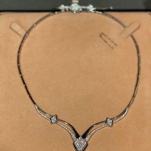 Beautiful 2 piece 14kt white gold sapphire diamond